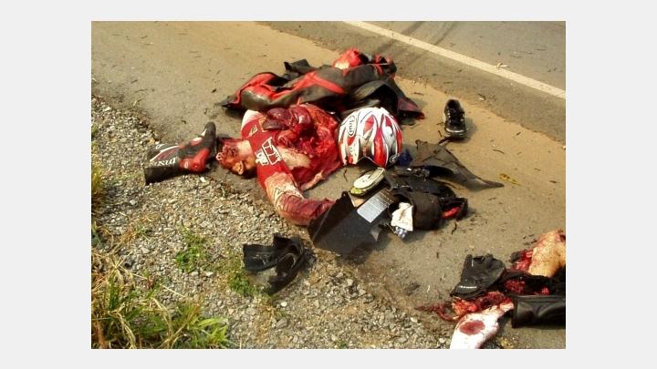 Ar motocikletu nosities 27 gadus vecs jaunietis. Neļauj saviem mīļajiem braukt reibumā!