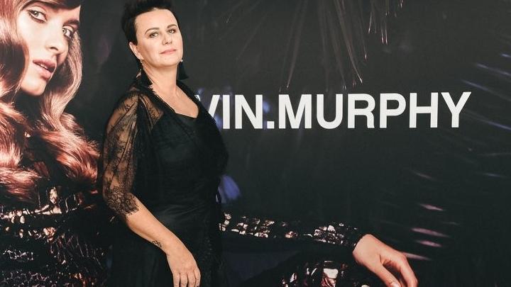 Linda Mūrniece uzsāk romantiskas mīlas attiecības ar 12 gadus jaunāko Kristapu Valteru