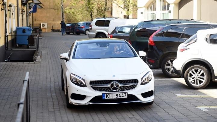 Viens no turīgākajiem Latvijas jauniešiem iegādājies vienu no jaudīgākajiem auto
