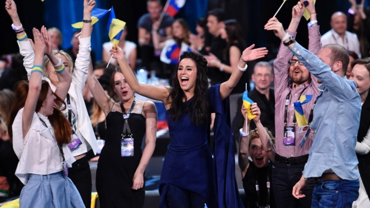 Eirovīzijā uzvarējušās Ukrainas dziesmas tulkojums latviski