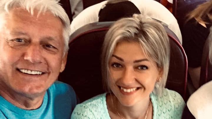 67 gadus vecais Viktors Zemgals sabiedrībā neiziet ar sievu, bet ar 40 gadus jaunāko paša studenti
