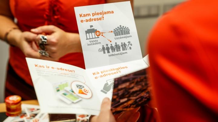 Reāls skaidrojums dzīves situācijām, kuras iespējams atrisināt vienuviet: portālā Latvija.lv