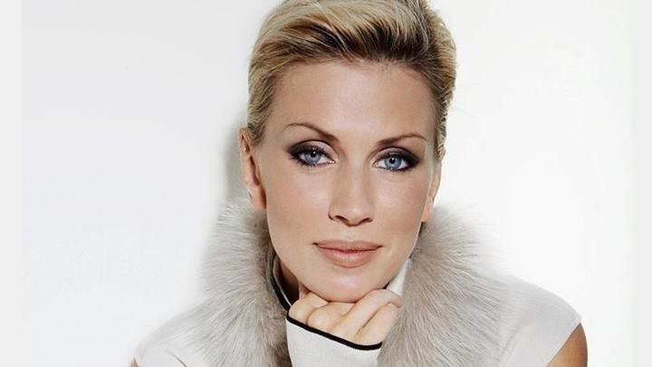 Seksīgā un skatītāju iemīļotā TV zvaigzne Anna Lieckalniņa cietusi no vīra vardarbības