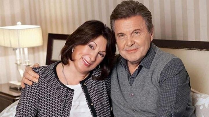 COVID-19: Famous Russian Singer Lev Levchenko in resuscitation