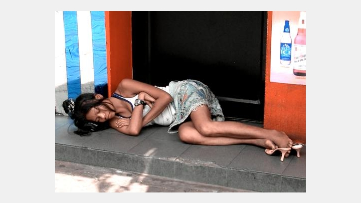 Really shocking photo moments! Prostitutes are starting to live on the streets, hotels are closing due to the virus
