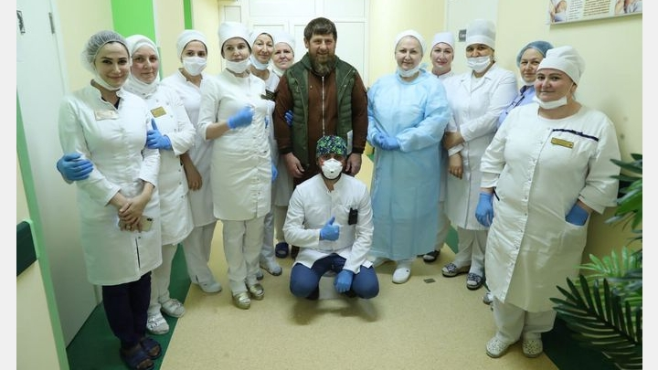 Costume fights: Who is better suited to Putin or Kadyrov in a pandemic suit?