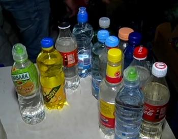 Latvijā zeļ alkohola 'točku' bizness; tiek pārdots degmaisījumam līdzīgs spirts