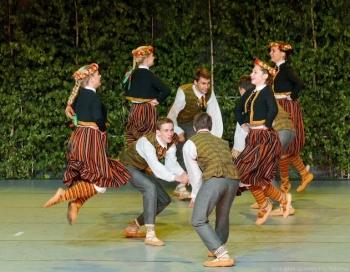 Bērnu deju ansambļa Teiksmiņa 25 gadu jubileju atzīmēs ar plašu koncertu