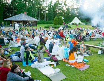 Pavisam drīz būs Saulgriežu jogas un mūzikas festivāls Siguldā