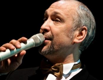 Ogres mērs Artūrs Mangulis dziedās Operetes festivālā Ikšķilē