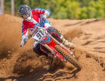 Matīss Karro savu 20-to motokrosa sezonu noslēgs Arenacross Baltijas Kausa sacensībās