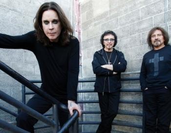 Ar vienīgo šovu Baltijā nākamgad Rīgā uzstāsies Black Sabbath