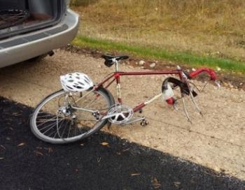 Pašvaldība sniedz palīdzību negadījumā iesaistītajiem riteņbraucējiem