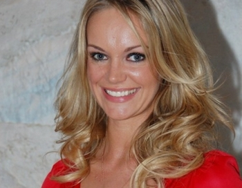 Laura Reinika daudzinātā Santa Kola iesaistīta aizdomīgā kriminālprocesā