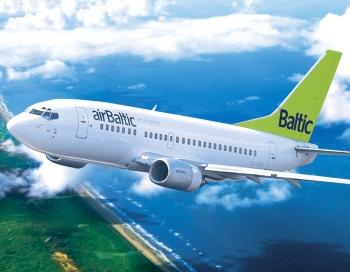 3 cietušie. Neraugoties uz milzu turbulenci airBaltic piloti lidmašīnu nosēdina visaugstākajā drošības līmenī