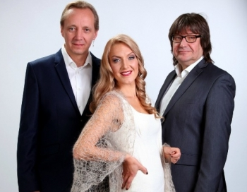 Ance Krauze un Zigfrīds Muktupāvels Jāņa Lūsēna jaunajā Ziemassvētku programmā Kad mīlestība dzimst...