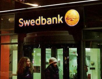 Swedbank atņem bērnam Ziemassvētkos 66% no viņa sakrātās naudiņas