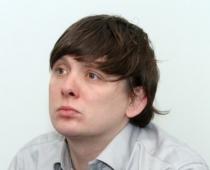 Arturs Artuss Kaimiņš izved no pacietības deputātus un izpelnas kauninājumu par sievietes aizvainošanu