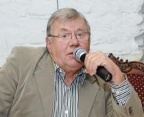 Tautā mīlētais dziedātājs Ojārs Grinbergs vecumdienas aizvada Vecāķos