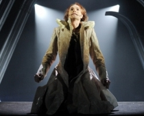 Latvijas Nacionālajā teātrī pirmizrāde - Viktora Igo, Cilvēks, kas smejas