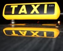 Nākotnē taksometri brauks bez vadītājiem